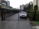 steel-picket-double-swing-gate