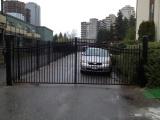 steel-picket-double-swing-gate